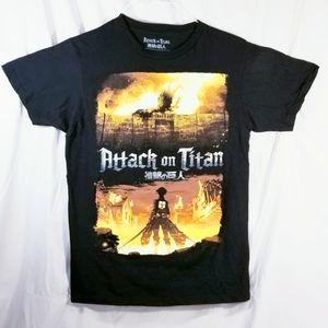 Attack on Titan Official T-shirt Size: Medium